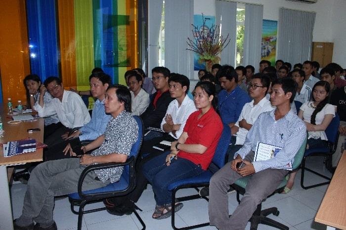 Chương trình đối thoại công nghệ 'Xu hướng phổ cập nhà thông minh' 6