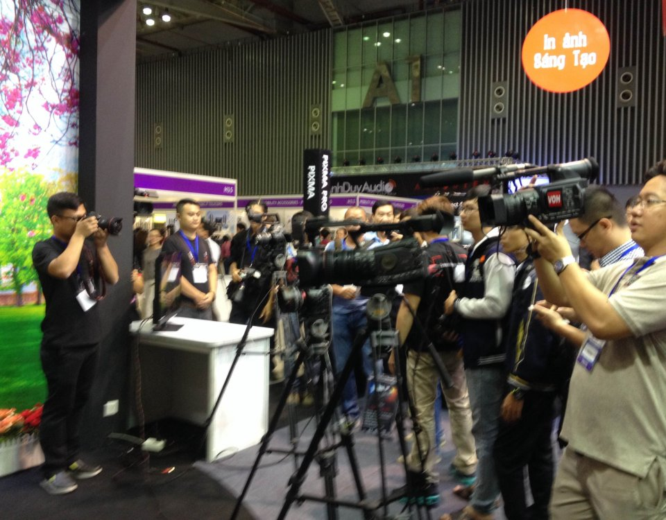 Công nghệ LED/OLED và thiết bị chiếu sáng 2015 (LEDTEC) 2