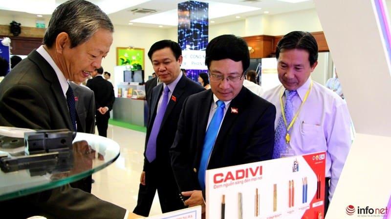 Tổng Bí Thư tham quan triển lãm Công Nghệ Cao tại TP Hồ Chí Minh 10