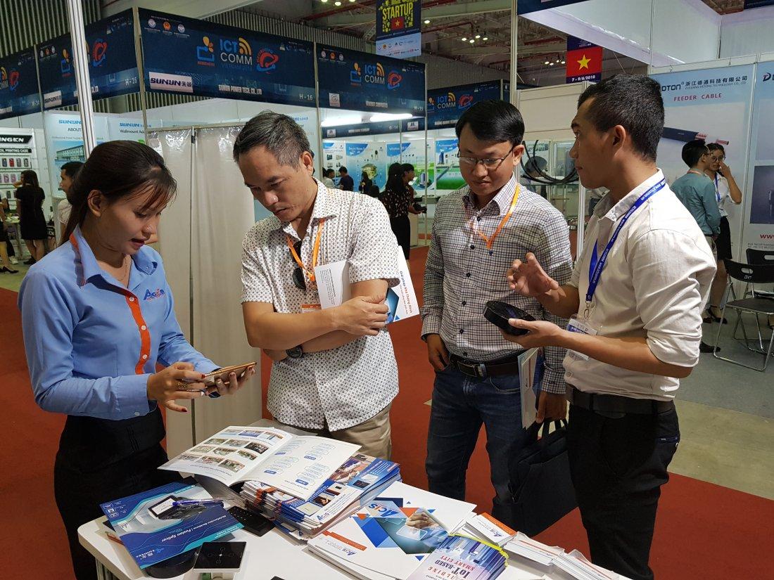 ACIS khởi động triển lãm quốc tế Vietnam ICT COMM 2018 24