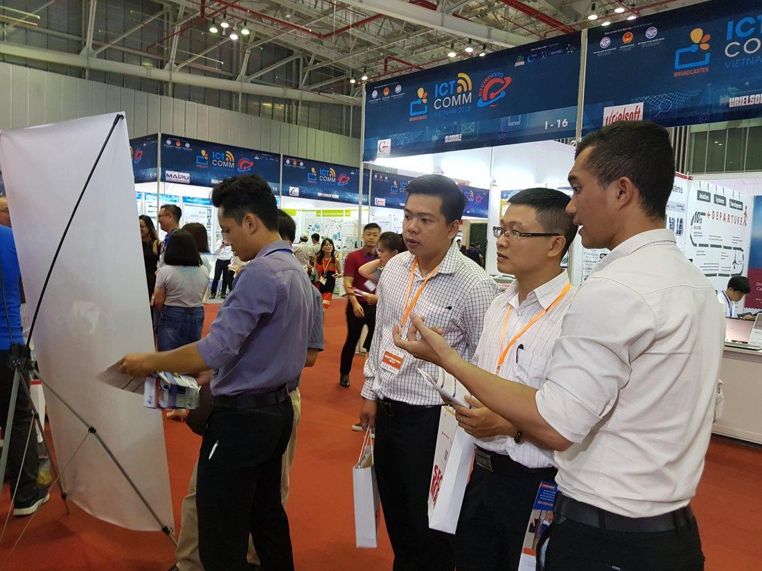 ACIS khởi động triển lãm quốc tế Vietnam ICT COMM 2018 23