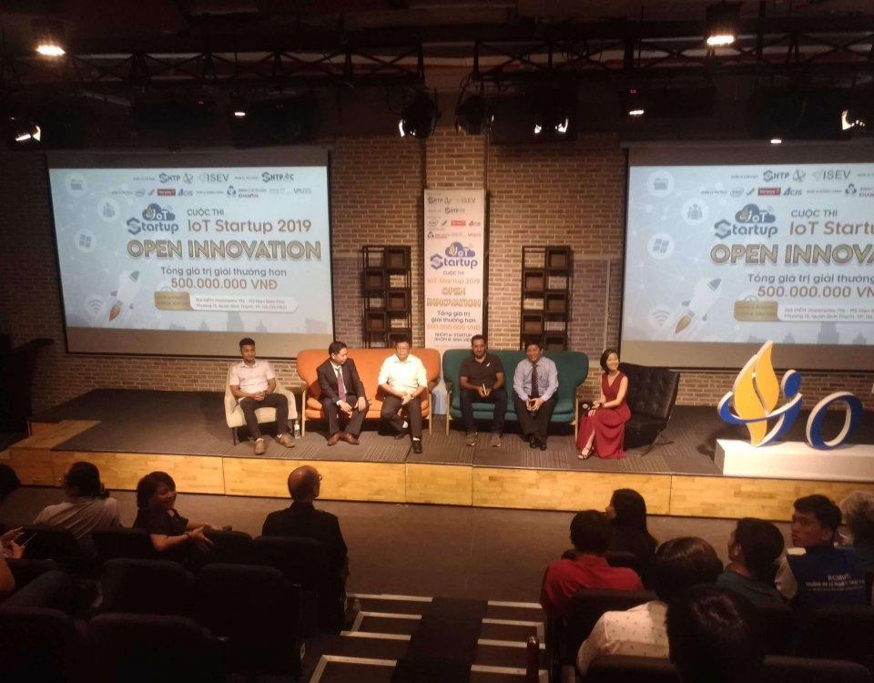 Doanh nghiệp công nghệ đặt hàng startup Việt tại Cuộc thi IoT Startup 8